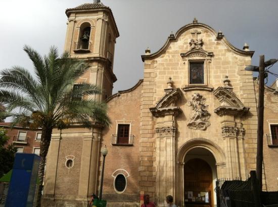 Iglesia de Santo Domingo: kerk