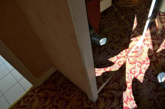 Unic Hotel: closet