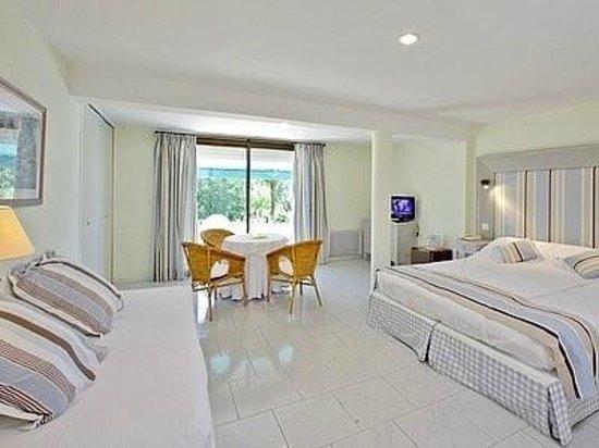Hotel Laborderie: Chambre au rez-de-chaussée de l'Annexe