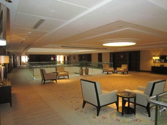 Safir Hotel and Residences Kuwait: One of Lobby's hotel
