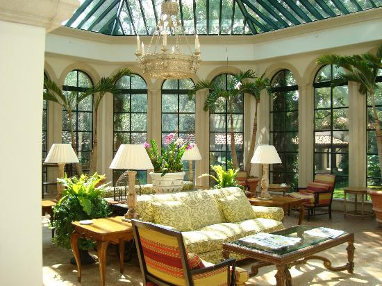 The Cloister at Sea Island: just another outstanding room to choose and use