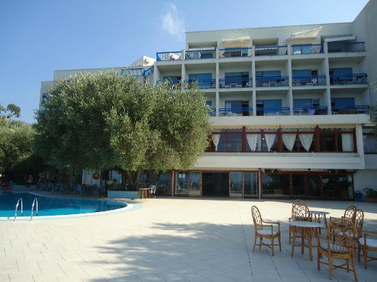 Hotel Baia delle Sirene: veduta albergo
