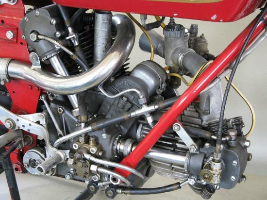 Mandello del Lario, Italië: Museo Guzzi - motore bicilindrico Guzzi