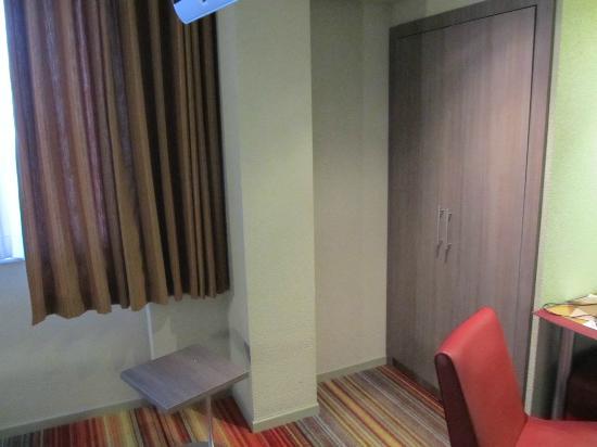 Alma Hotel: room