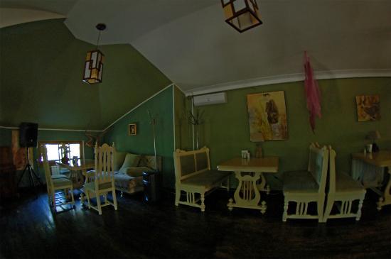 Antresol: Main Hall