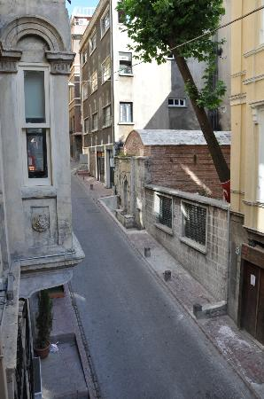 Storie Rooms Galata: Authentic neighbourhood feel - but close to everything