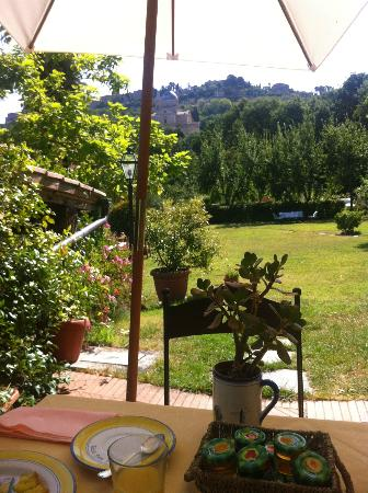Relais San Bruno: View from breakfest table