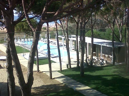 Hotel Mediterraneo: Ecco la piscina dalla mia camera