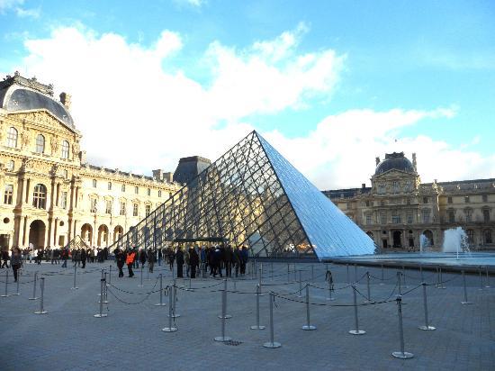 Photo de mus e du louvre paris tripadvisor - Musee du louvre billet coupe file ...