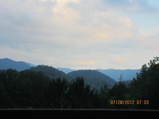 Quality Inn & Suites Gatlinburg: View from our balcony