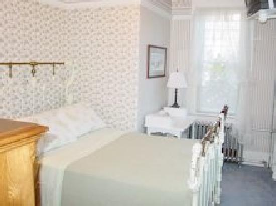 Olde Staunton Inn : Blue Ridge Room