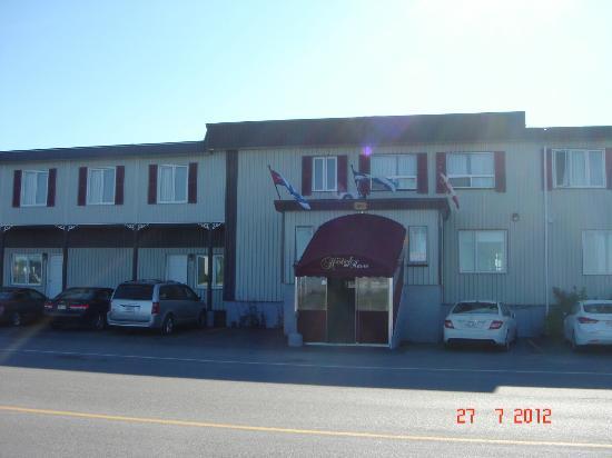 Havre St. Pierre, Kanada: L'hotel en façade