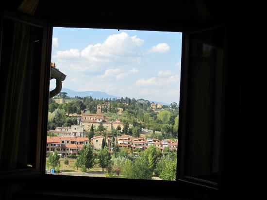 Residenza La Torricella: Vue de la chambre