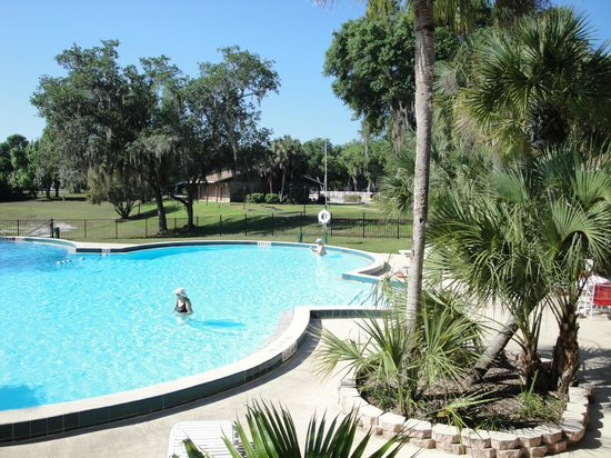 Holiday Travel Resort: Two pools - outdoor & indoor
