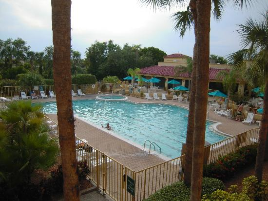 La Quinta Inn & Suites Ft. Myers - Sanibel Gateway: Poolen