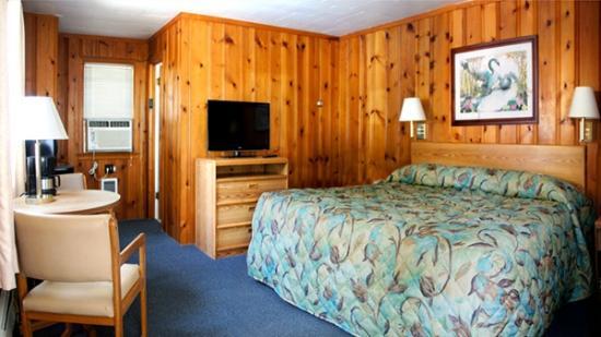 Dell Creek Motel: King Room