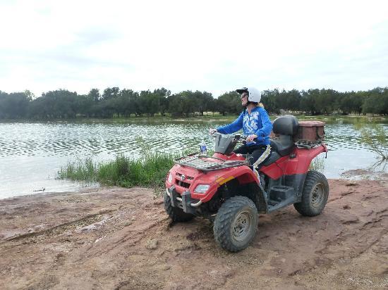 Kalbarri Quadbike Safaris: By the river