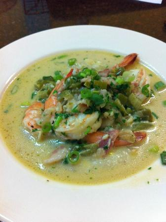 Kitchens on the Square : Bryan Beacham's Shrimp & Grits...delicious!