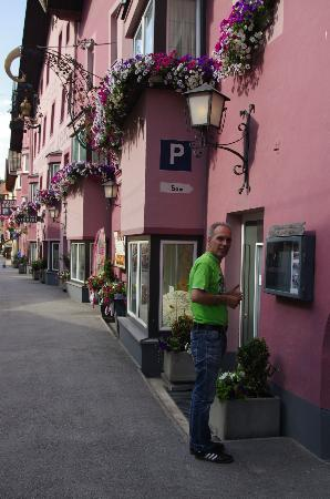 Hotel Krone : Hotel voorzijde