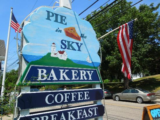 Pie In The Sky Bakery & Internet Cafe: Outside sign for Pie in the Sky in Woods Hole, MA