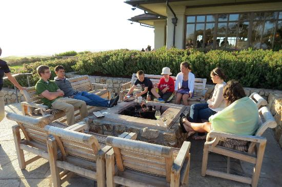 The Inn at Spanish Bay: Great firepits for the typically cool weather!