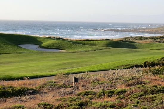 The Inn at Spanish Bay: Great views over Spanish Bay and its golf links!