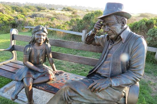 The Inn at Spanish Bay: Sculptor--Playing checkers