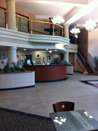 Comfort Suites Morrow: lobby