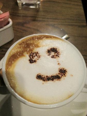 Oblico Cafe' : smiley face cappuccino