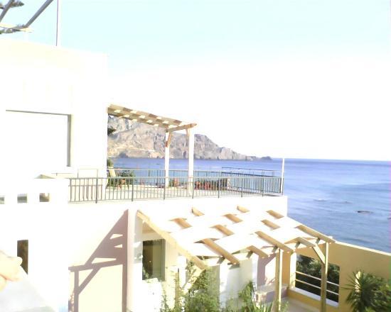Horizon Beach Hotel: Uitzicht vanaf ons balkon.
