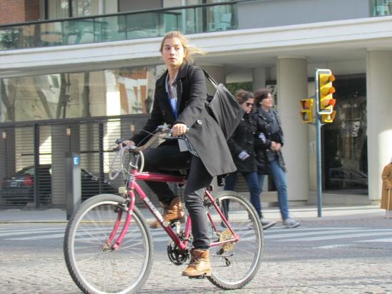 Dos Ruedas Una Huella - Bike Rosario: En Salta y Oroño