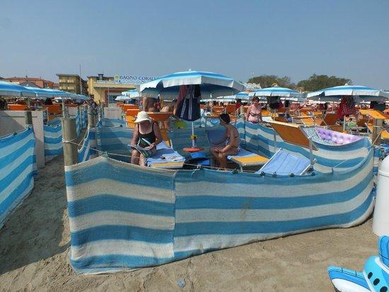 Il recinto 53 in riva al mare foto di bagno corallo cesenatico tripadvisor - Bagno italia cesenatico ...