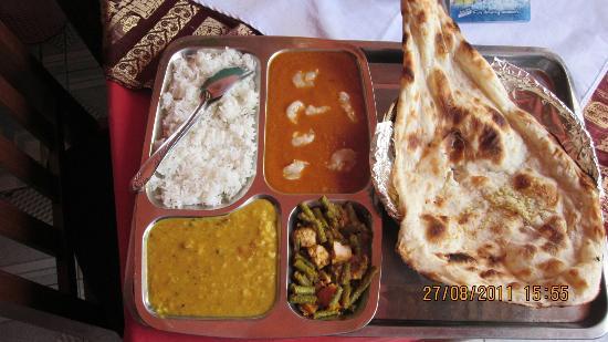 India Gate: fish tali