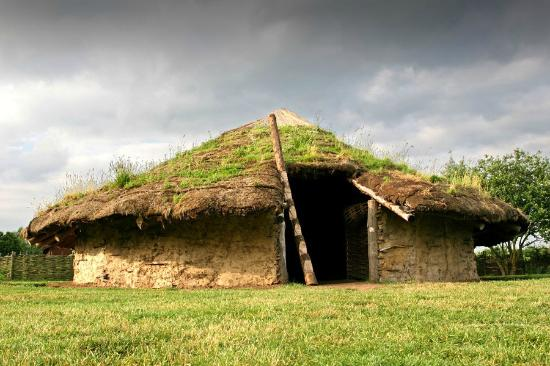 Peterborough, UK: Bronze Age Roundhouse at Flag Fen