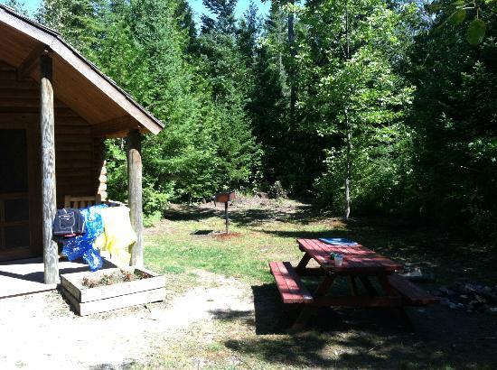 St. Ignace / Mackinac Island KOA : Kabin site