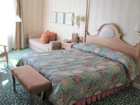 salle de bain picture of disneyland hotel chessy tripadvisor. Black Bedroom Furniture Sets. Home Design Ideas