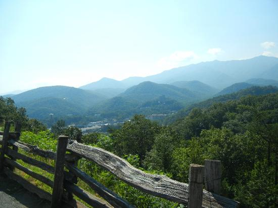 Gatlinburg Scenic Overlook : Beautiful view!