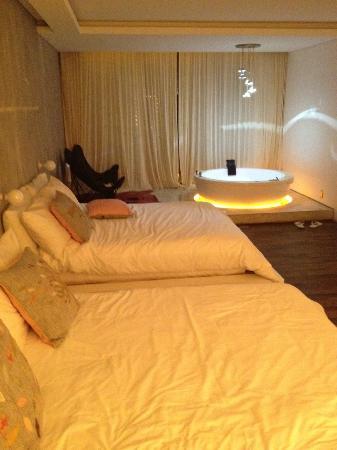 Be Playa Hotel: Junior suite con jacuzzi
