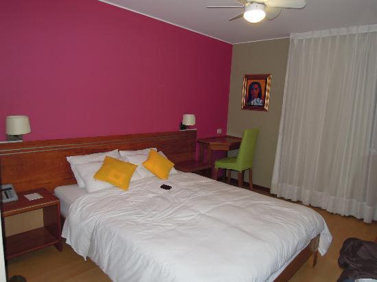 Hotel Runcu Miraflores: Chambre