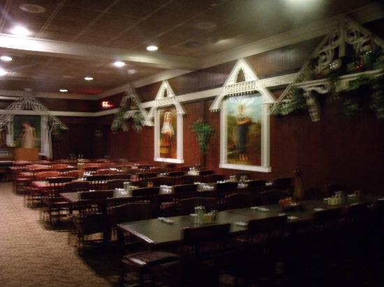 Zentner's Daughter Steak House: Victorian Dining Room Seating 300