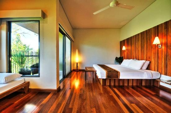 Belum Rainforest Resort: Deluxe Room