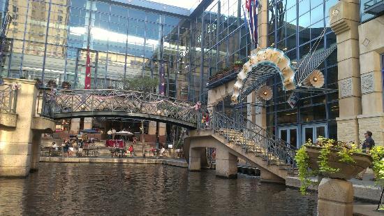 Rivercenter Picture Of San Antonio Marriott Rivercenter