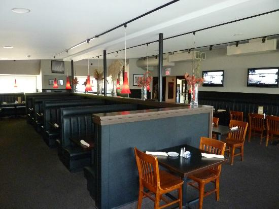 Docks Bar Grill Dining Room