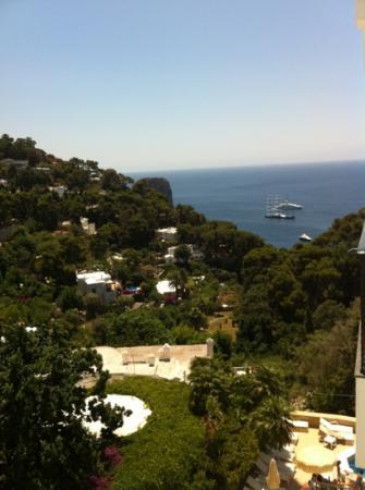 هوتل ماميلا: the view from my room 