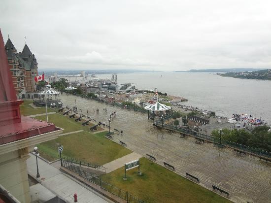 Hotel Terrasse Dufferin: vue de la chambre