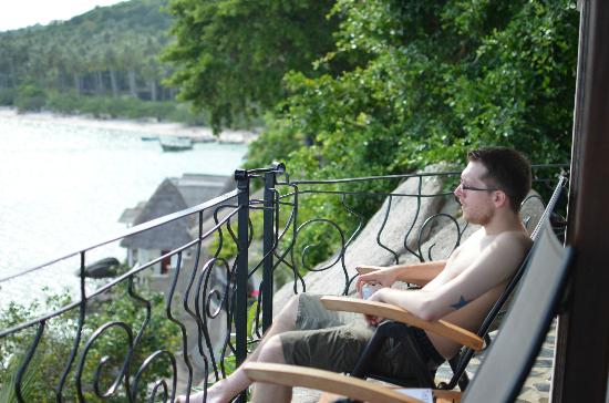 Jamahkiri Resort & Spa: Jeremy on the balcony (he stayed here most of the night)