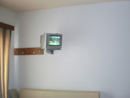 Hotel Filoxenia Beach: Jest telewizor i polski program