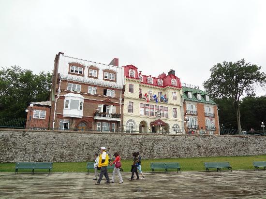Hotel Terrasse Dufferin: vue de l'hotel