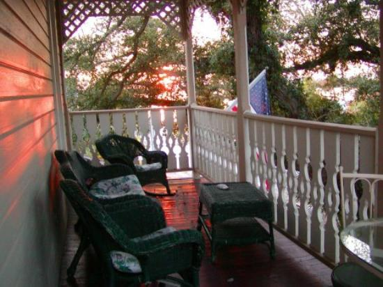 Cedar Key Bed and Breakfast: Private Balcony