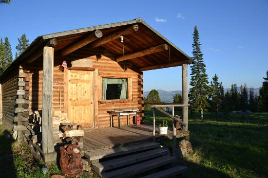 Crevice Mountain Lodge: Columbus cabin